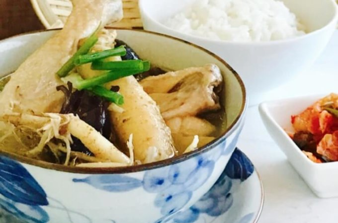 Korean Ginseng Chicken Soup (Sangyetang)