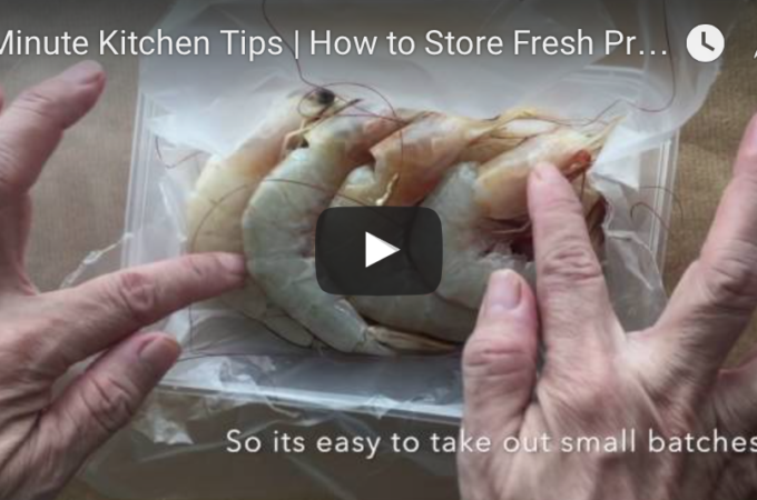 1-minute-kitchen-tips-how-to-pack-and-store-prawns
