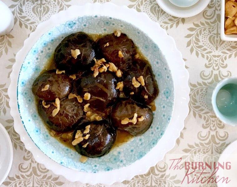 Braised Chinese shiitake mushrooms with crispy pork lard