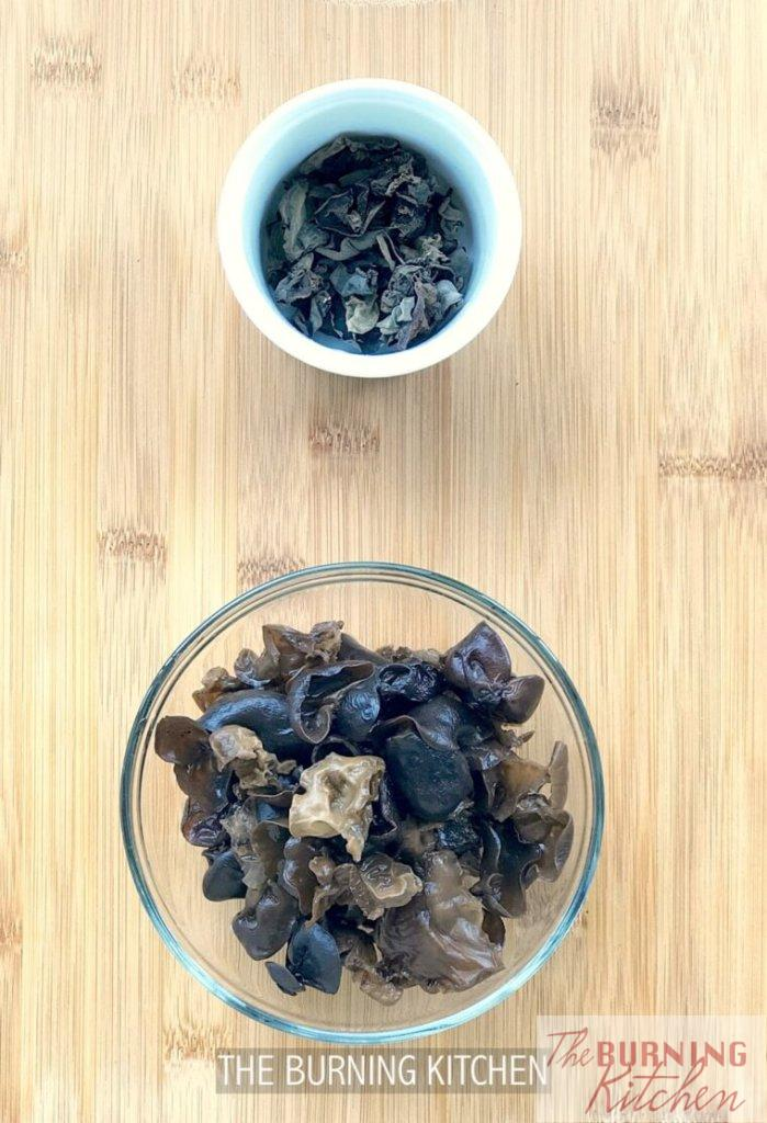 The Burning Kitchen | Black Fungus Chicken in Wine Recipe