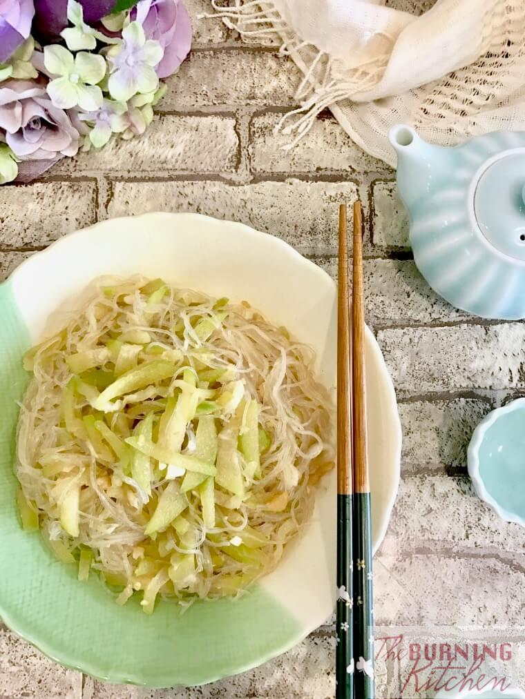 Stir-fried Hairy Gourd with Glass Noodles