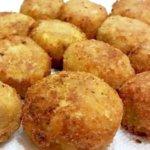 Perkedel / Begedil (Fried Potato Patties with Fish)