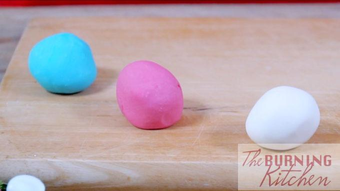 coloured tapioca dough