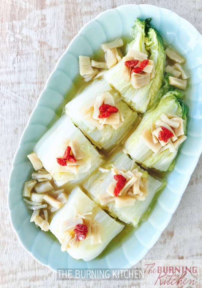 Braised Napa Cabbage with dried scallops in chinese plate