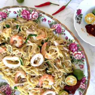 Fried Hokkien Prawn Mee (Fried Hae Mee / 炒福建虾面)