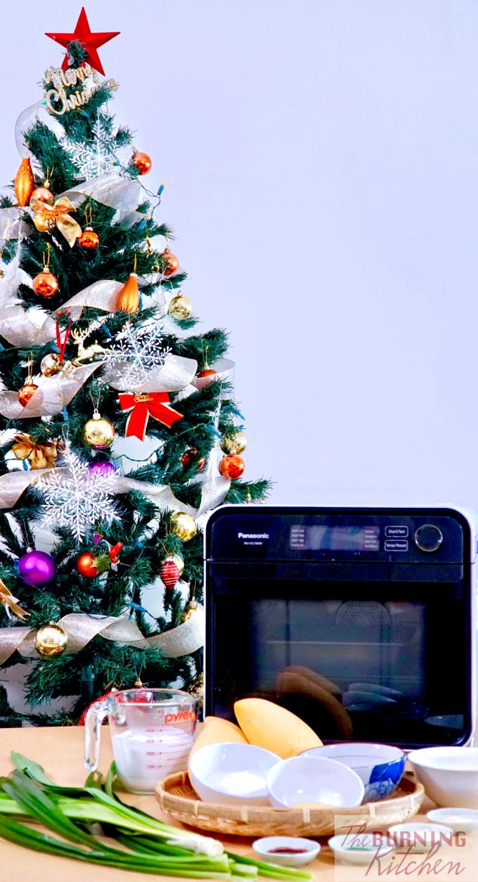 Ingredients used to make mango sticky rice, Panasonic Cubie Oven, and christmas tree
